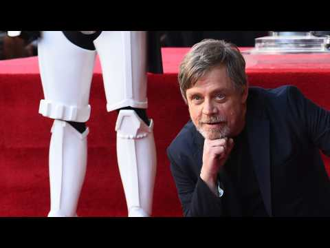 Mark Hamill Surprises Fans At Star Wars Celebration With Autographed Photos
