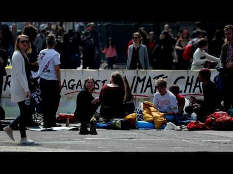 UK Police Arrest More Than 750 Climate Change Protestors