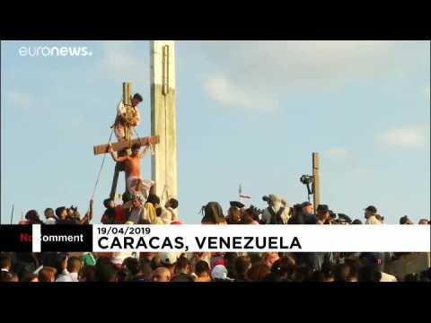 Venezuela : mise en scène de la crucifixion du Christ
