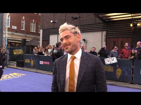 Zac Efron: 'Right now I love the Spurs!'