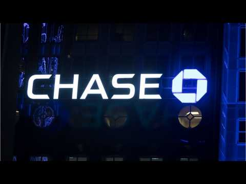 Get Your Flight Delay Covered With This Chase Card