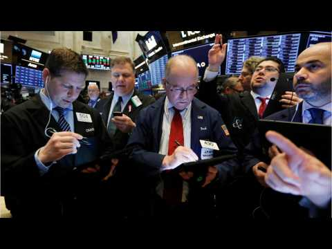 Bank And Financial Stocks Lose On Wall Street