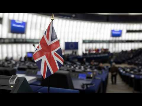 PM May's Party May Put Second Referendum Option to Lawmakers