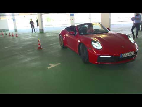 Porsche - Pentathlon in the car park