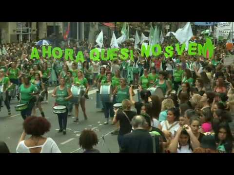 Argentina: women march to Congress to demand legal abortion