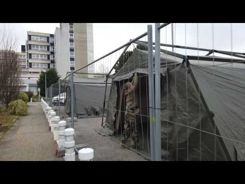 Coronavirus: French army press on with field hospital in Mulhouse