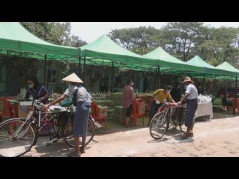Food donation campaign in Myanmar to help low-income people amid COVID-19 pandemic