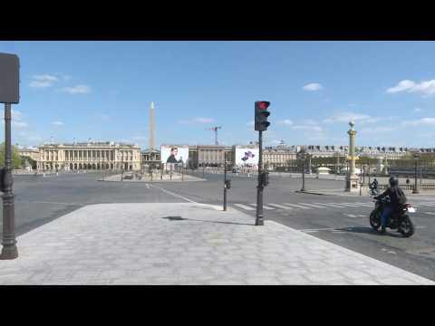 Coronavirus: Paris's Place de la Concorde empty on 19th day of confinement