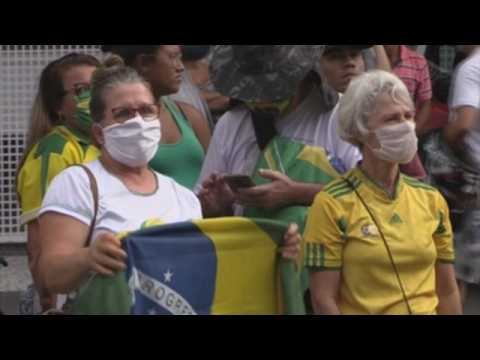 Bolsonaro wishes on May Day that Brazilians go back to work