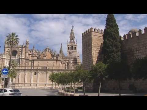 Spanish cathedrals ring bells in honour of Covid-19 victims