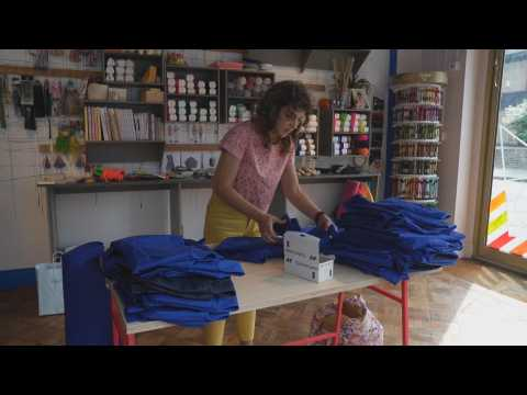Volunteers make surgical clothing for UK healthcare personnel