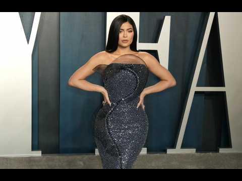 Kylie Cosmetics ceases production amid coronavirus