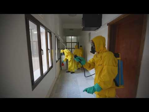 Yemen disinfects its streets to combat the spread of coronavirus