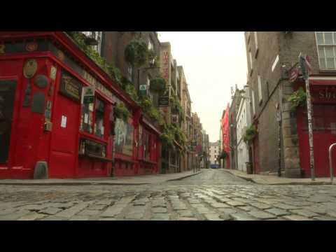 Streets abandoned and pubs shuttered on St Patricks Day in Dublin