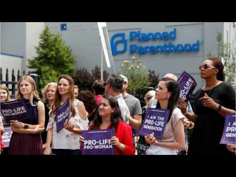 Missouri's Last Abortion Clinic Denied Liscense