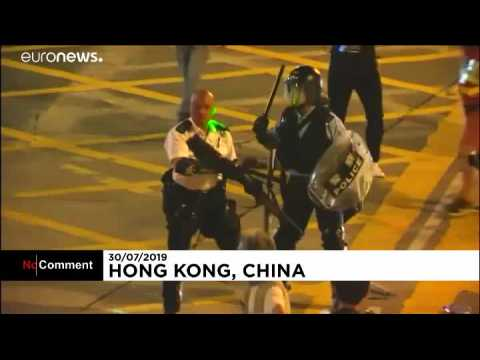 Protesters in fresh clashes with police in Hong Kong