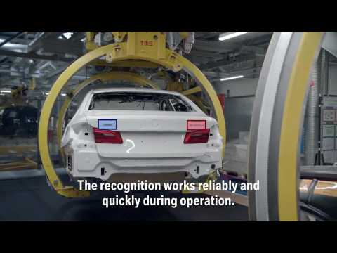 Artificial intelligence to control whether correct model designations are attached, BMW Group Dingolfing Plant