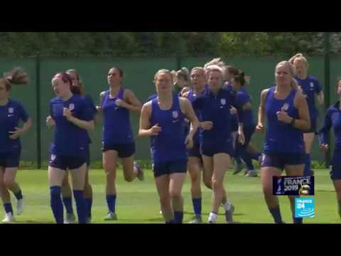 Running World champions US team faces French hosts in Paris