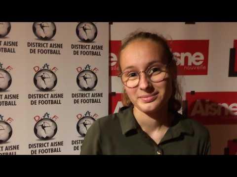 Trophées du foot 02 : Solène, des U16 filles du BCV FC, prix spécial du District