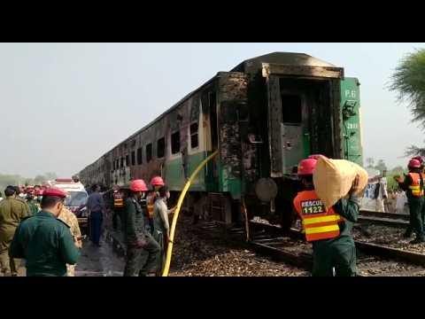 Deadly fire engulfs Pakistan passenger train