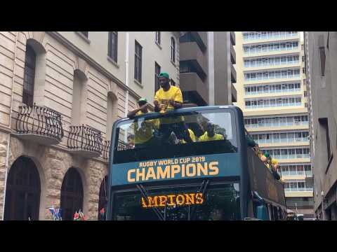 Rugby world champions parade through Cape Town