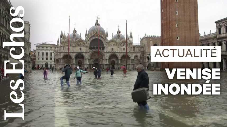 Illustration pour la vidéo Venise inondée par une marée haute historique
