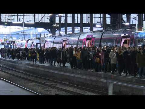 Back to work for commuters at a busy Saint Lazare station as transport strike enters 33rd day