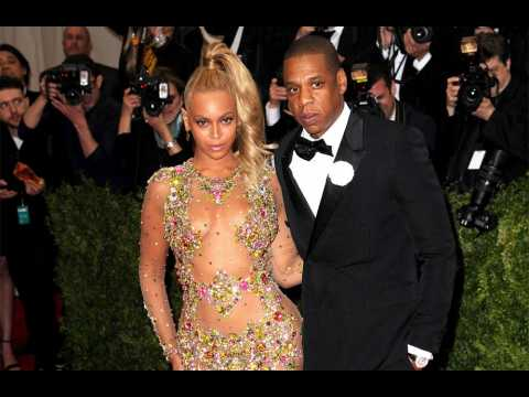 Beyoncé and Jay Z sneak late into Golden Globes