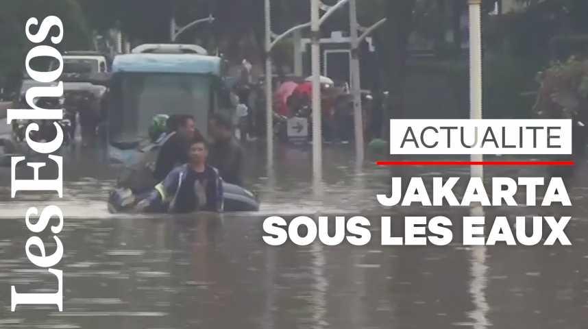 Illustration pour la vidéo Inondations en Indonésie: le bilan s'élève à au moins 23 morts