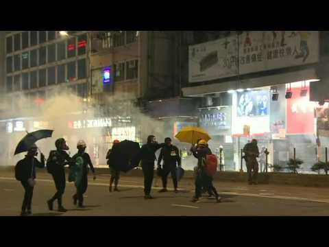 Thousands brave tear gas, defy police in latest Hong Kong march