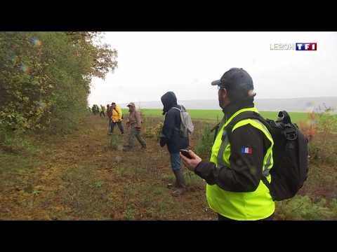 VIDEO: Une battue organisée dans l'Yonne pour retrouver une pièce d'avion tombée en plein vol
