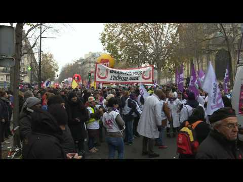France strikes: protesters gather in Paris ahead of march against pension reform
