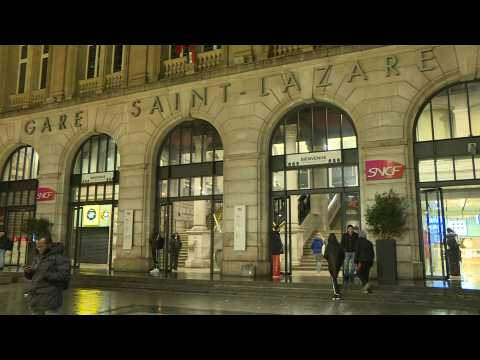 Day 5 of strikes in Paris: Images of train station as rail network disrupted