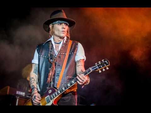 Johnny Depp splits from girlfriend