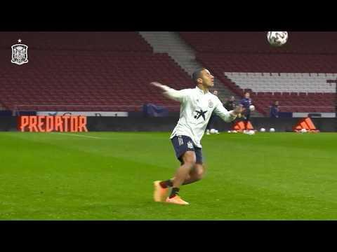 VIDEO: A l'entraînement, les internationaux espagnols s'amusent