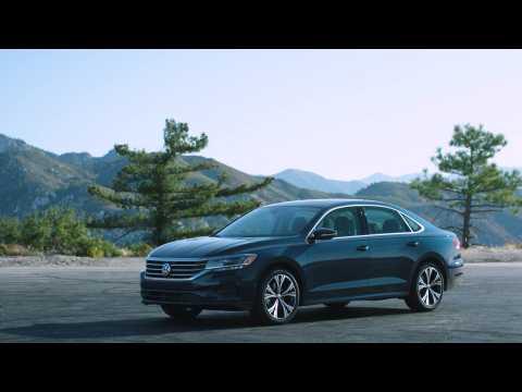 2020 Volkswagen Passat SEL Premium Design in Tourmaline Blue