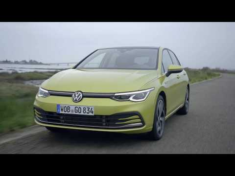 The new Volkswagen Golf 8 in Lime Yellow Driving Video