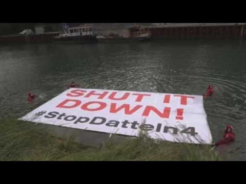 Activists protest at the coal power plant Datteln 4