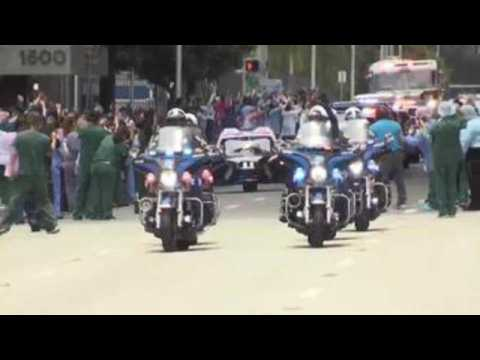 Miami police, firefighters honor first responders during COVID-19 pandemic