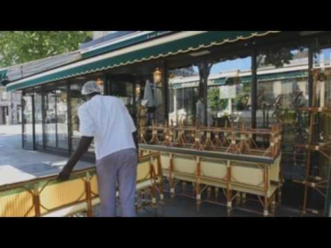 French bars and restaurants prepare to reopen
