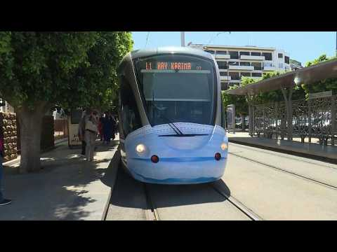Rabat tramways don face masks to encourage Moroccans to wear them