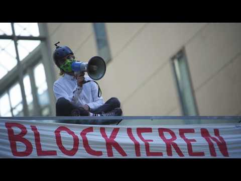 Climate activists hold 24-hour protest in Berlin