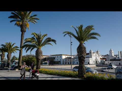 Portugal: UK COVID-19 quarantine restriction hits tourism in the Algarve