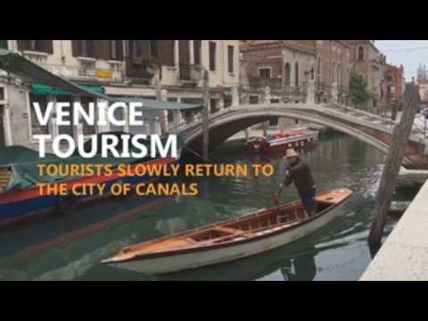 Tourists slowly return to Venice after pandemic