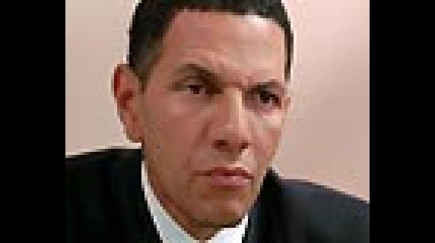 Commis d'office - Extrait 8 - VF - (2009)
