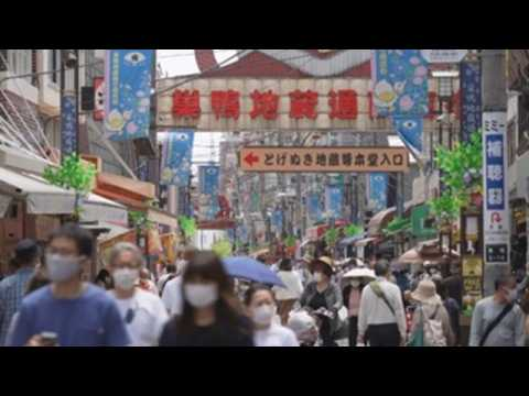 Tokyo residents crowding shopping streets as infection number declines