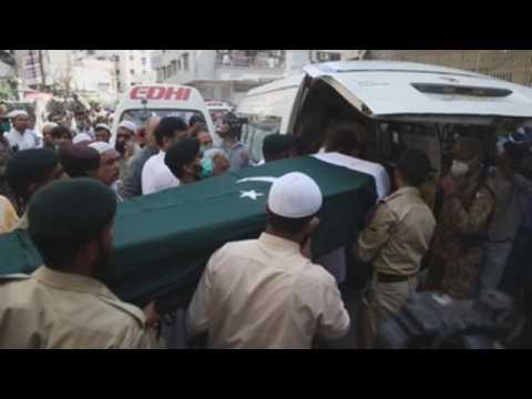 Karachi holds funeral for plane crash victim