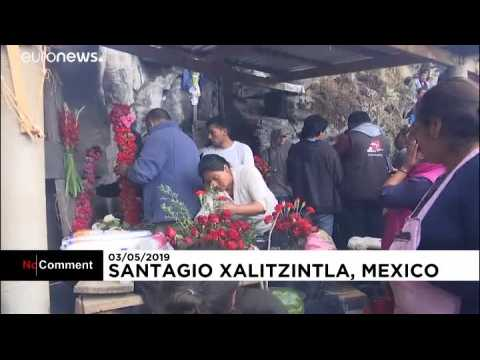 Villagers make offerings to Mexican volcano named 'The Sleeping Woman'