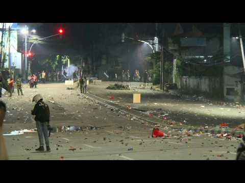 Violent election clashes continue in Indonesian capital