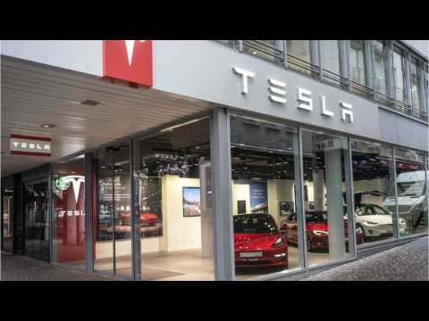 Tesla Helps Its Michigan Customers